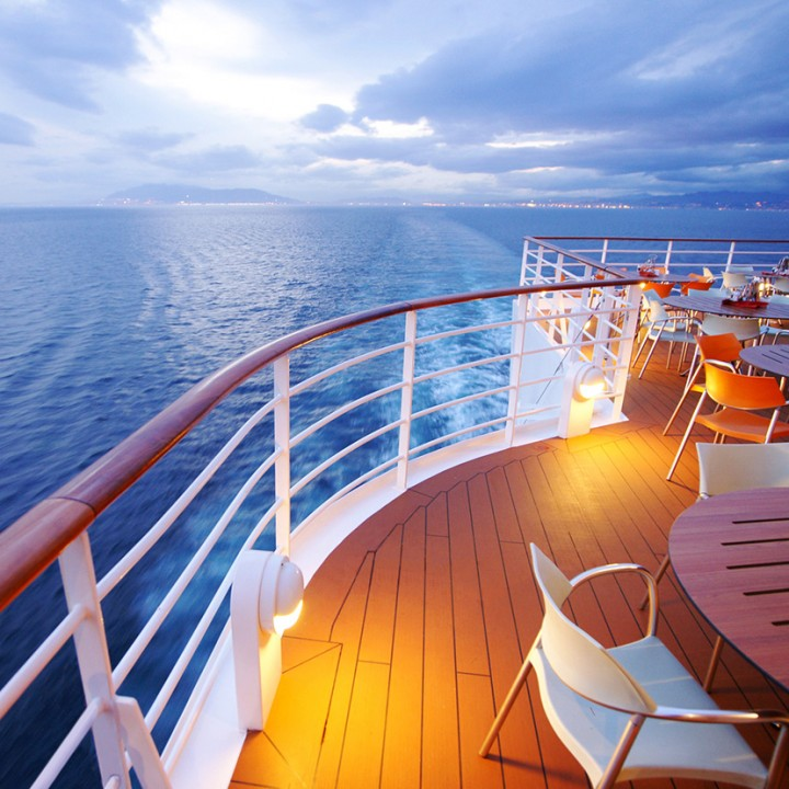 Cruise luxury marketing